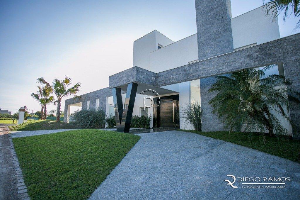 Casa em Condomínio à venda de 5 dormitórios no TERRA VILLE em Porto Alegre