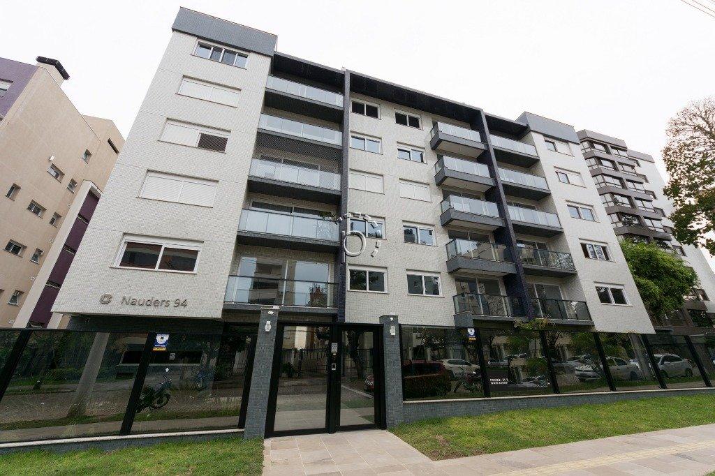 Cobertura à venda de 2 dormitórios no TRISTEZA em Porto Alegre
