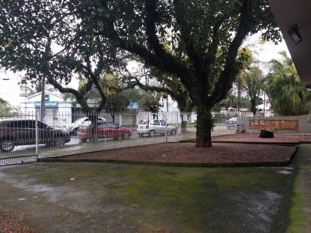 Casa à venda de 5 dormitórios no IPANEMA em Porto Alegre