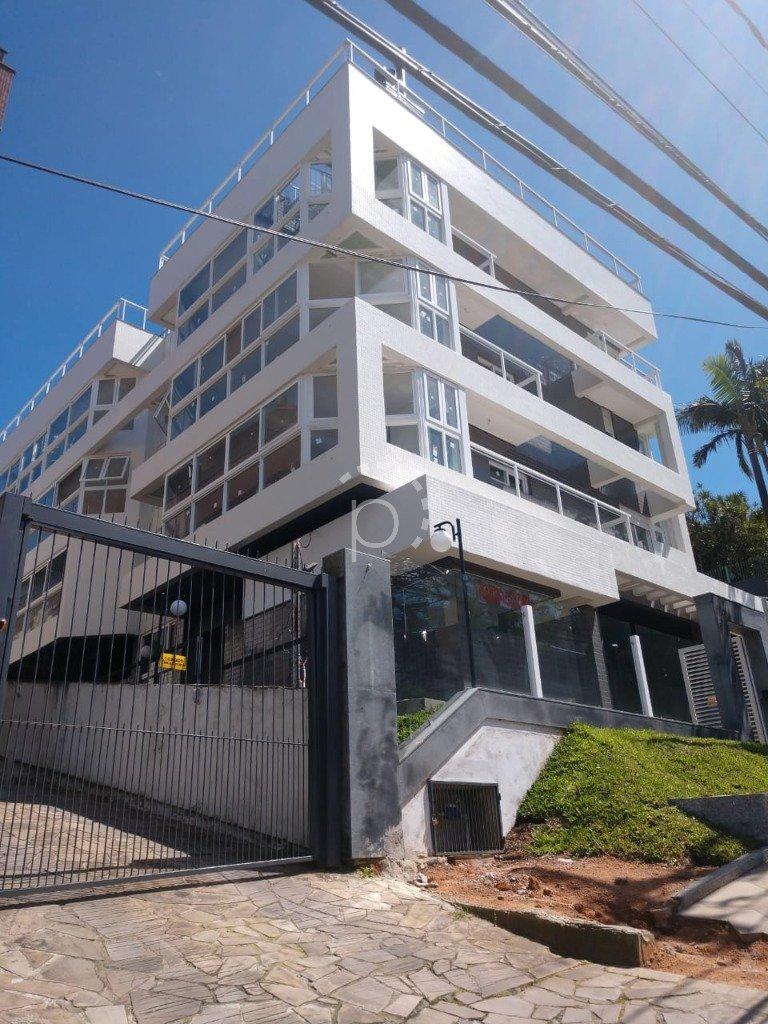 Cobertura à venda de 3 dormitórios no CRISTAL em Porto Alegre