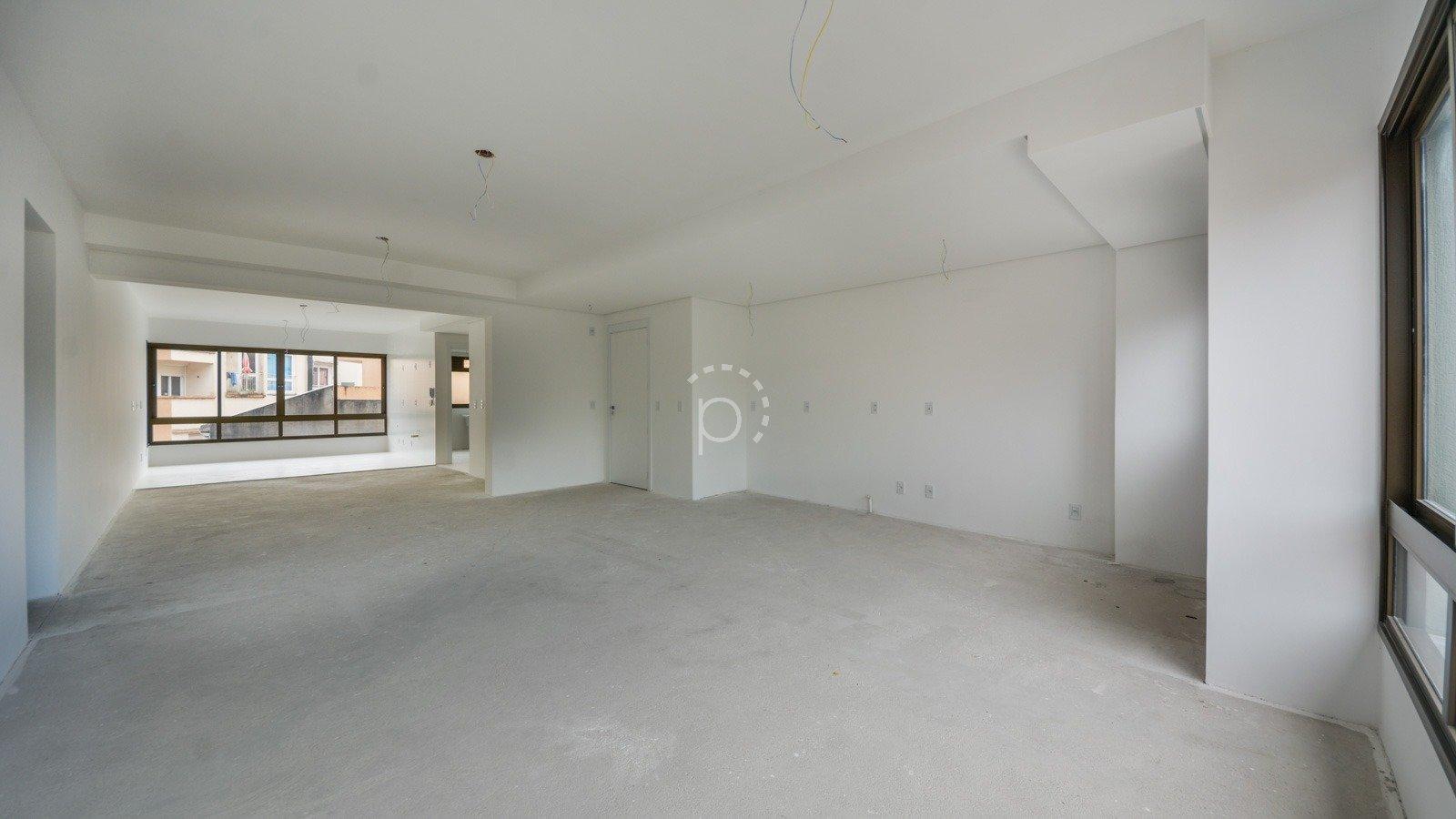 Apartamento à venda de 4 dormitórios no IPANEMA em Porto Alegre