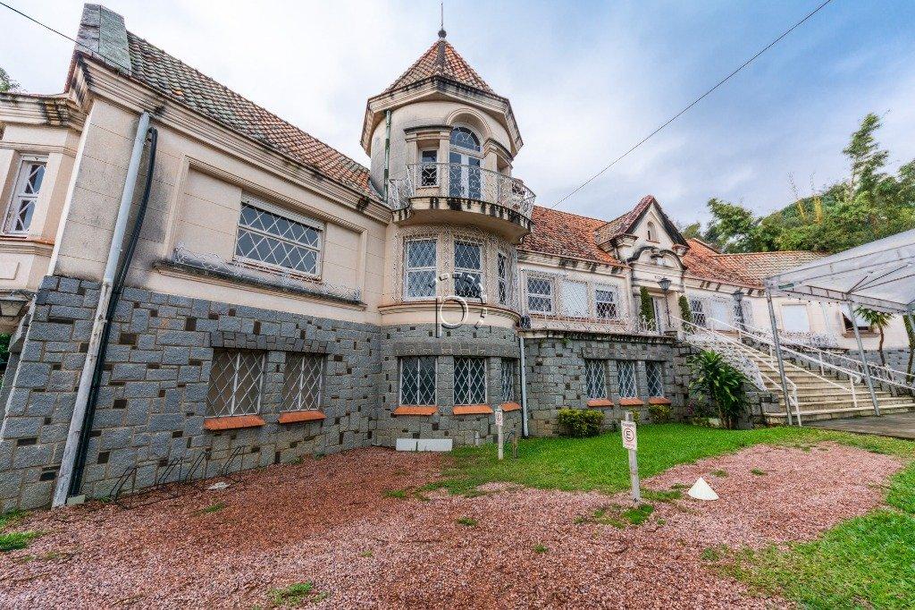 Casa à venda de 3 dormitórios no VILA ASSUNÇÃO em Porto Alegre