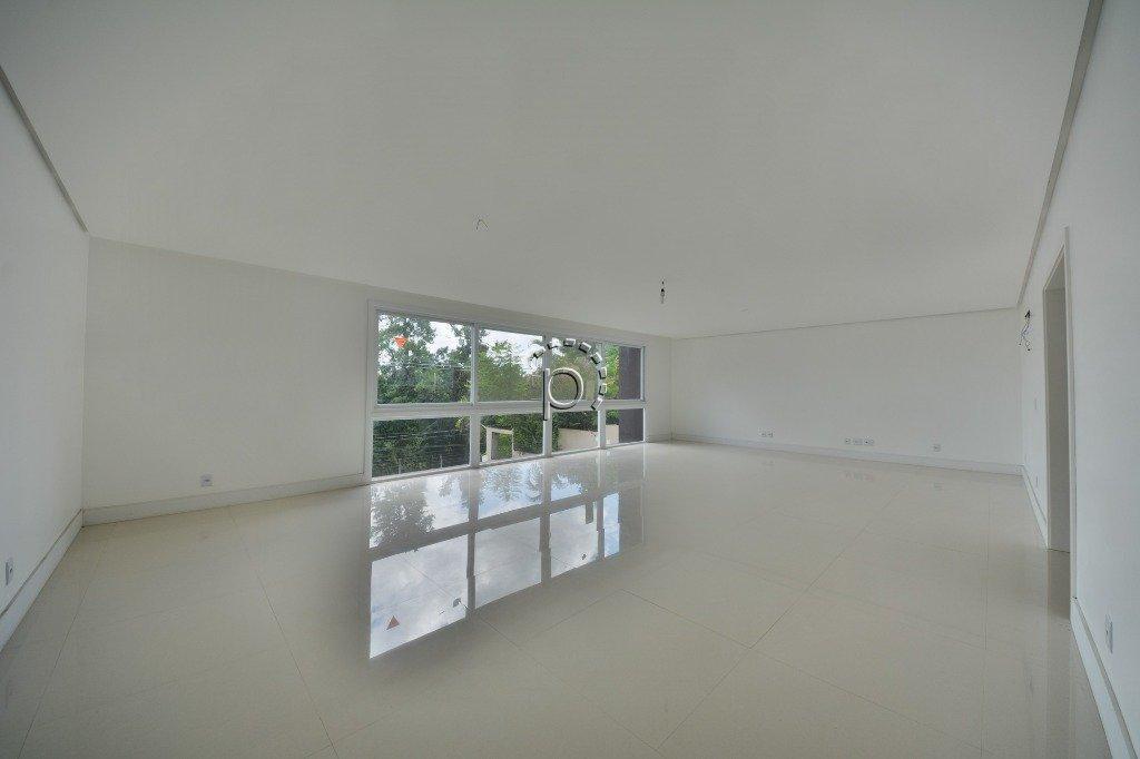 Apartamento à venda de 3 dormitórios no VILA ASSUNÇÃO em Porto Alegre