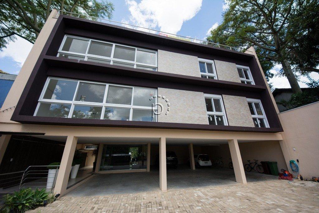 Apartamento à venda de 4 dormitórios no VILA ASSUNÇÃO em Porto Alegre