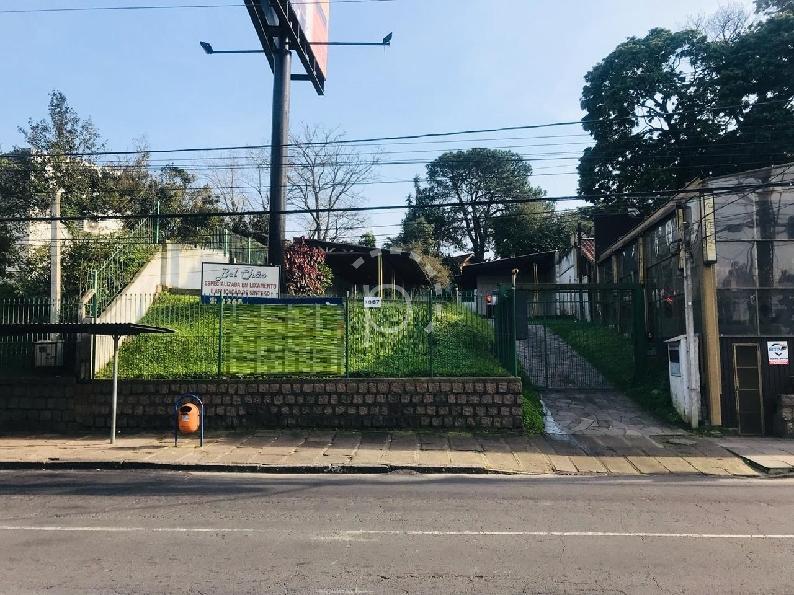 Terreno à venda de 0 dormitórios no Tristeza em Porto Alegre